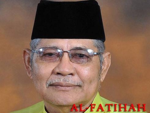 Bekas Menteri Besar Kedah, Tan Sri Azizan Razak kembali ke rahmatullah pada jam 11.00 pagi 26 Sept di Hospital Sultanah Bahiyah, alor Setar, Kedah